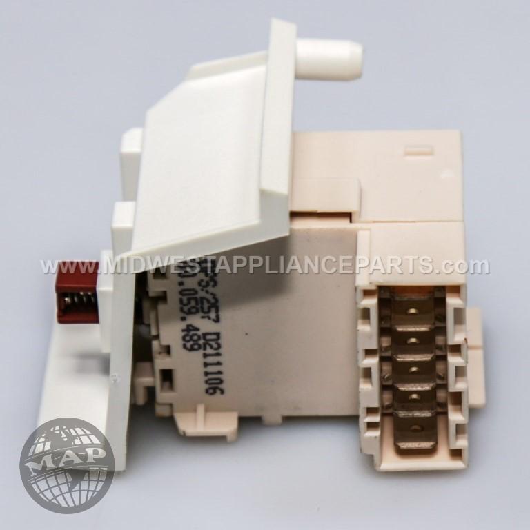 00175338 Bosch On - Off Switch